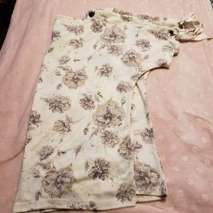 NWT Maurices floral top